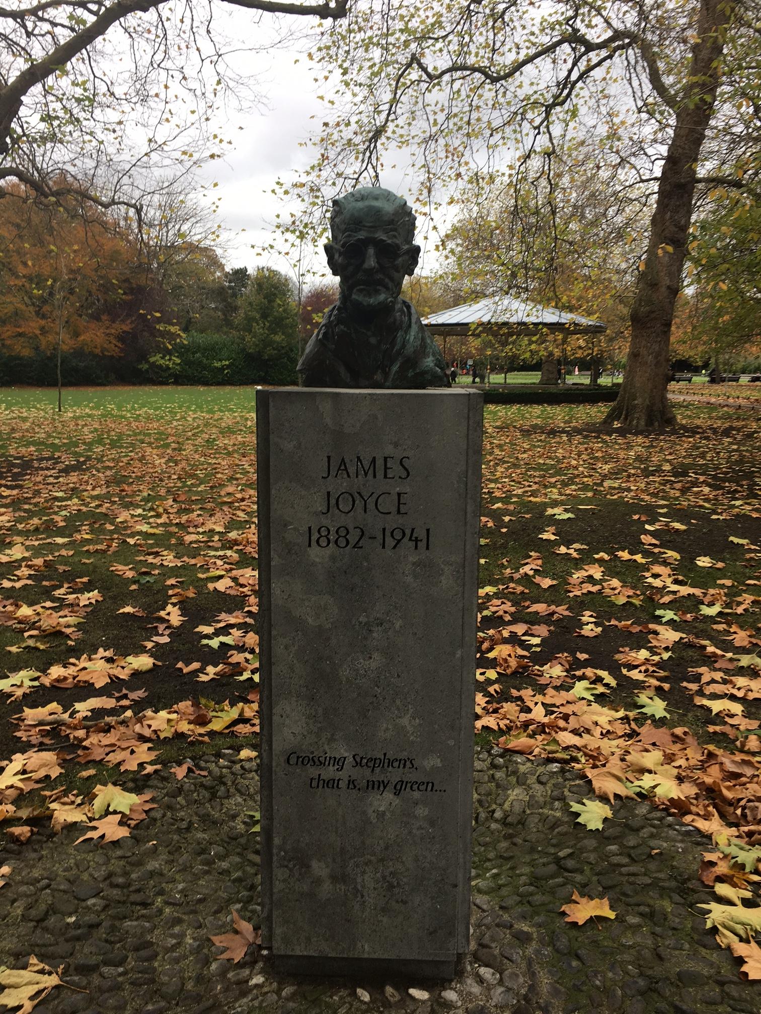 פסלו של ג'יימס ג'ויס